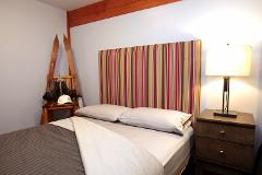 KING ROOM - ACCOMMODATION & MEALS PACKAGE