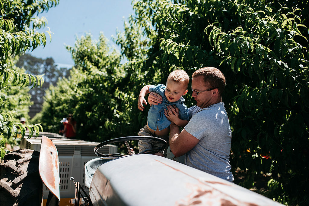 Trailer 2- Pick Your Own Apples with Tractor Ride