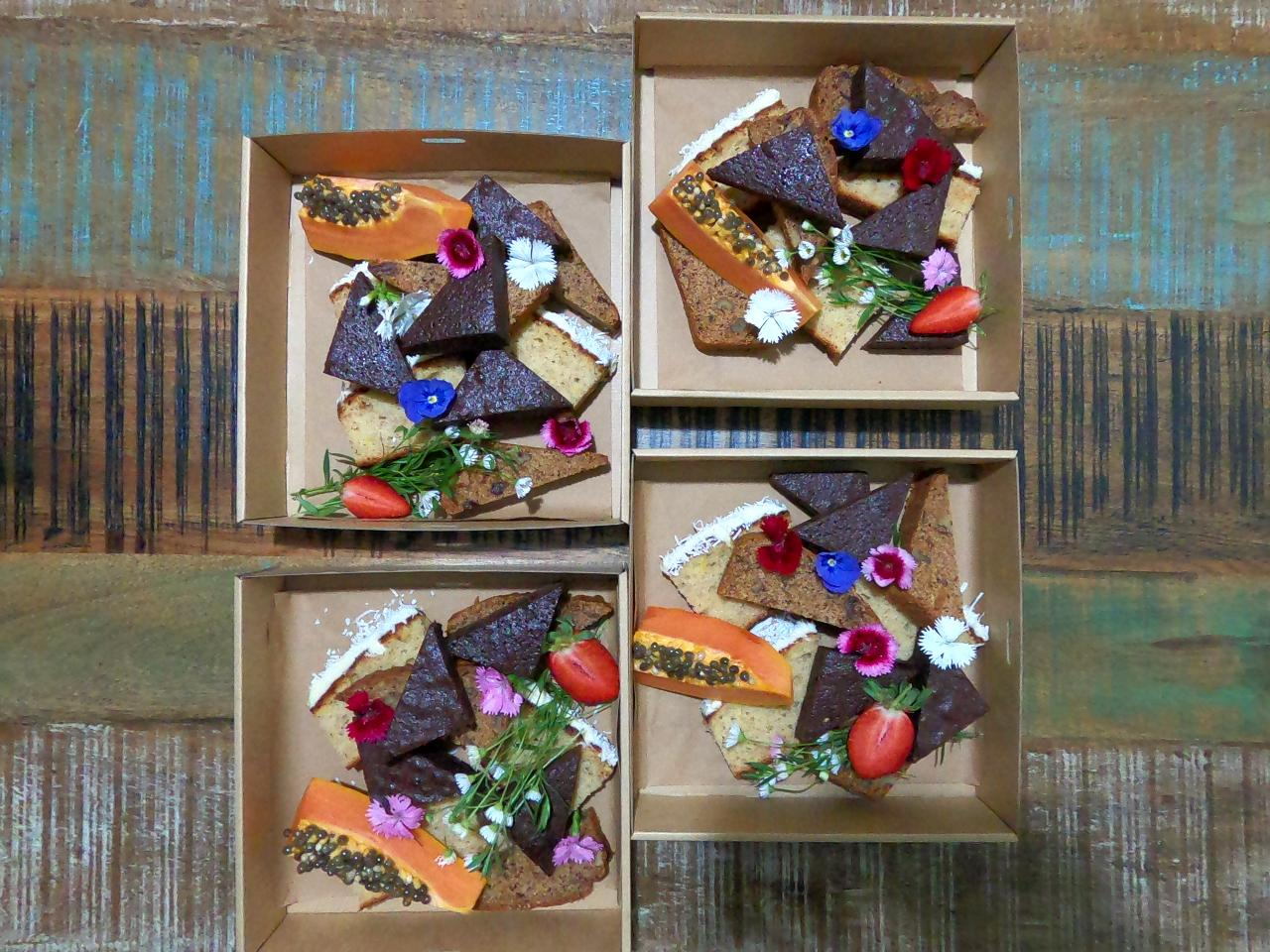 Assorted Cake Boxes