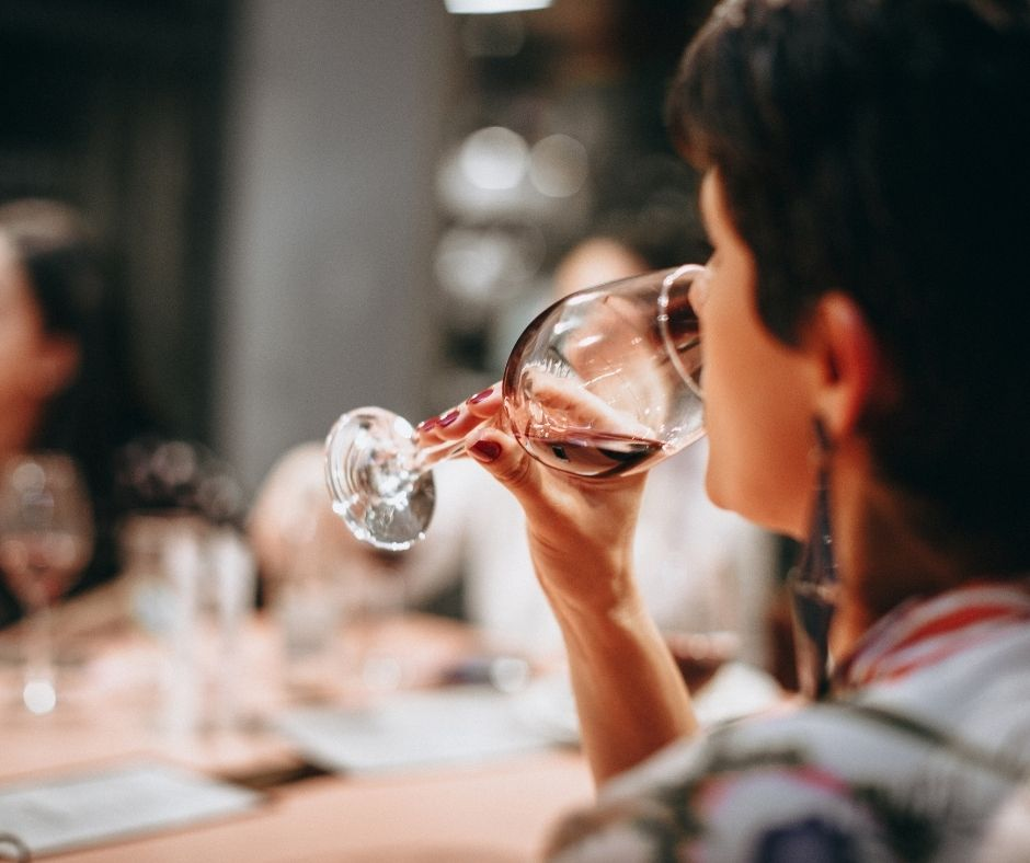 Sydney Return - Private Boutique Hunter Valley Winery Tour Full Day includes Delicious Lunch - from $1385 for 2 Guests & $140 each additional Guest (Up to 14 Guests)