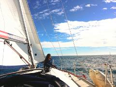 Exclusive 6 Hours Sailing Experience