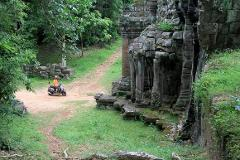 Vespa Beyond Angkor - The Lost Temples