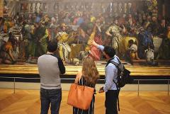 LOUVRE PRIVATE TOUR – Skip-the-line tickets & Local expert guide