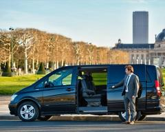 Airport transfer Paris