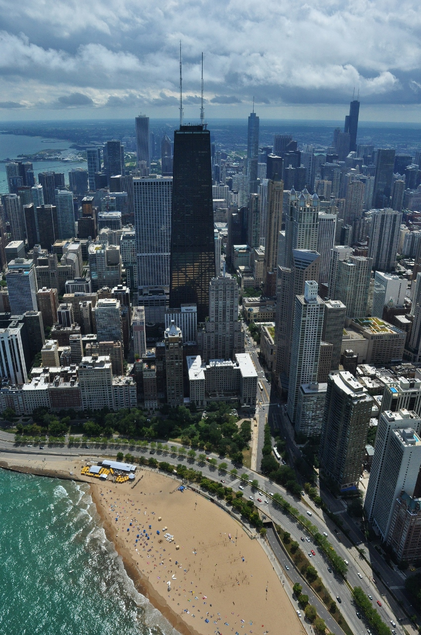 Classic Helicopter Tour of Downtown Chicago