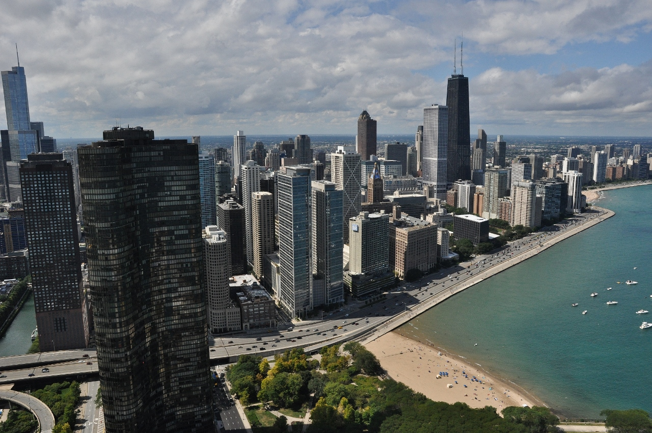 Our Legacy Helicopter Tour of Downtown Chicago