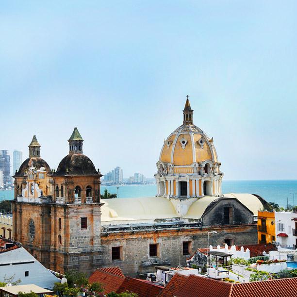 Cartagena Downtown / Airport
