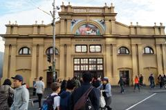 Queen Victoria Market and Lygon Street Local Flavours Food Tour
