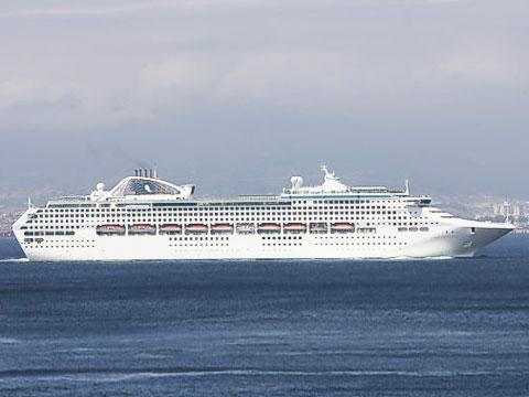 2017-18: Cruise Ship: Pacific Explorer