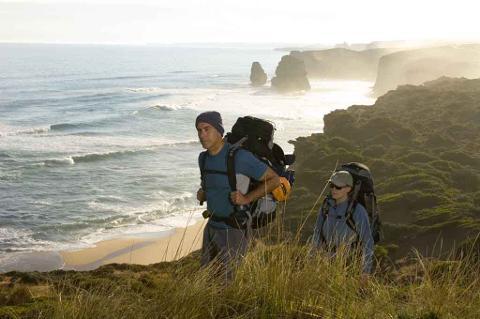 7 Day Self Guided Walk: Apollo Bay to 12 Apostles (104km) Departs Monday