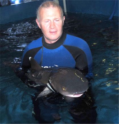 Rob Jones -  Aquarium vet across AU, NZ & Asia