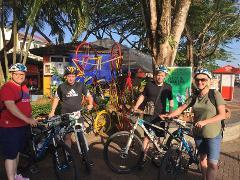 Best of Kuching: Heritage & Kampung Bike Tour (B5)