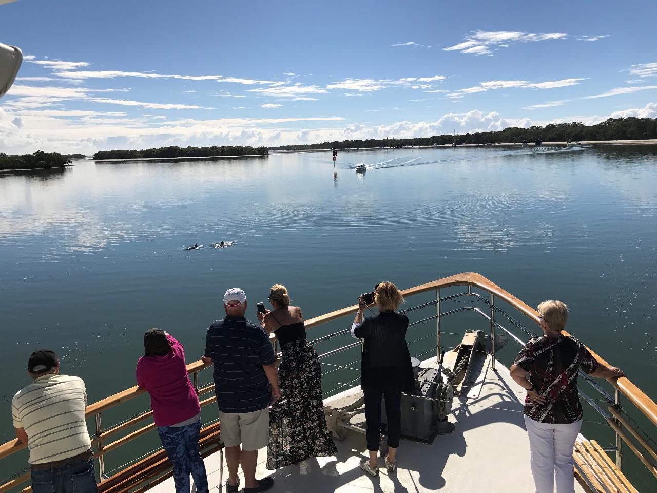 Brisbane to Gold Coast 300 Islands sheltered water cruise-Bretts Wharf Plaza Hamilton departure