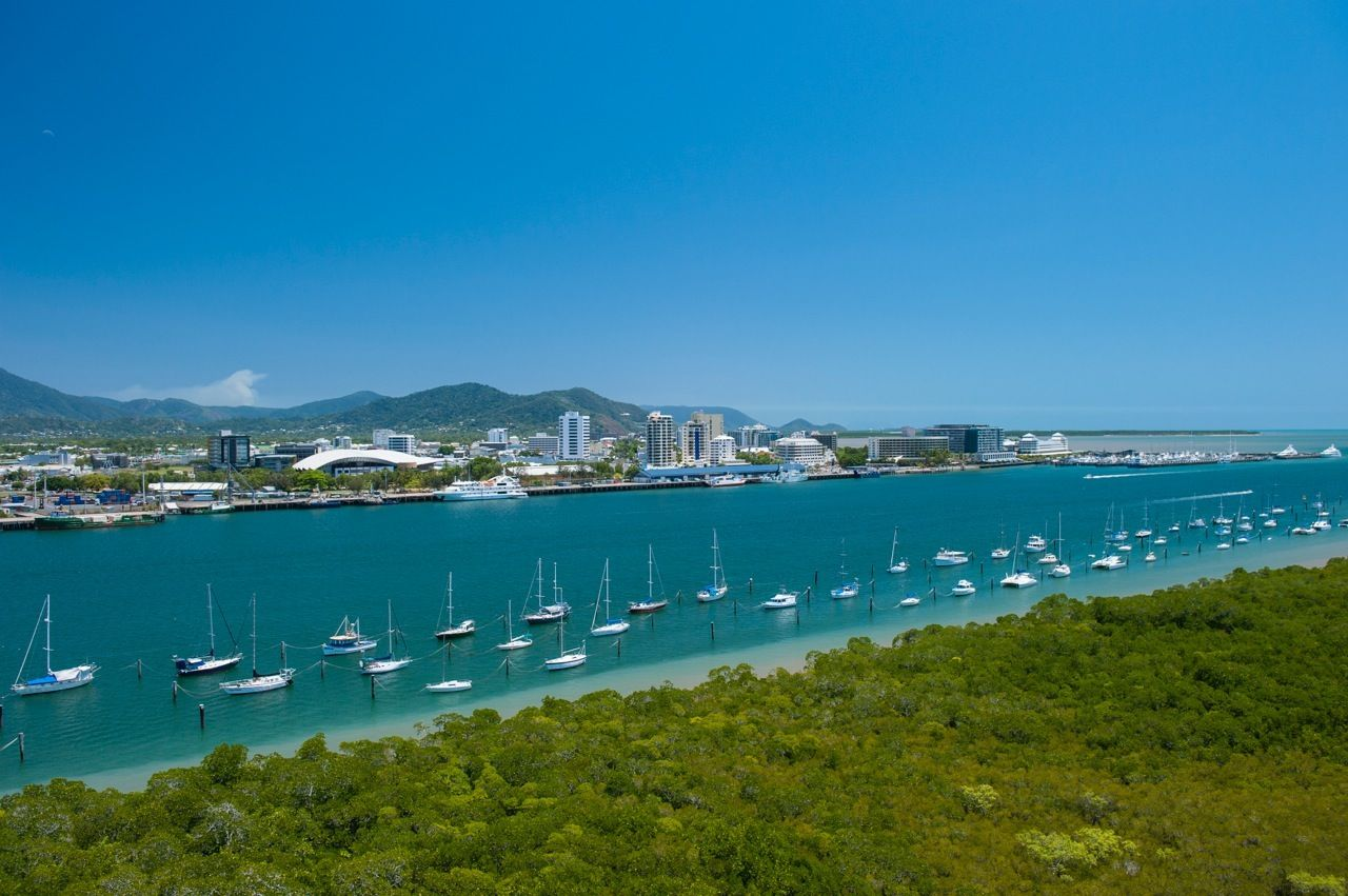 Cairns City Sights  Tour -  Pacific Aria