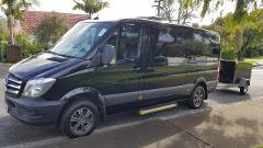 Auckland Airport > City One Way - (Private Business or Touring Class Mercedes Minivan up to 11 passengers)