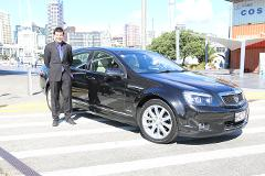 Auckland Airport > City One Way - (Private Standard Executive Sedan for 1-3 passengers)