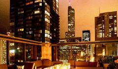 Visual Scavenger Hunt in Indoor Rooftop Bar for UChicago Alumni