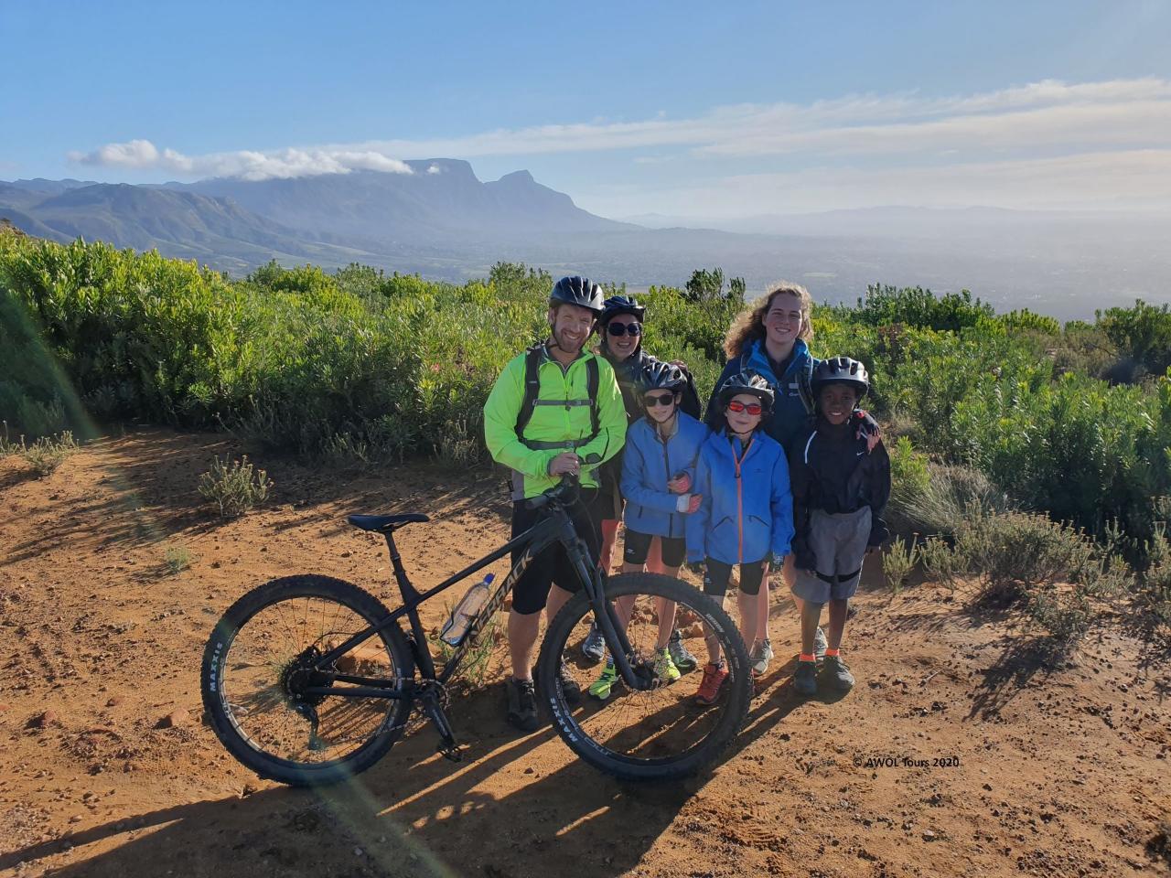 Educational mountain biking skills clinics for kids