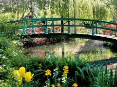 COMBINED VERSAILLES PALACE VISIT & GIVERNY GARDENS FULL DAY TOUR
