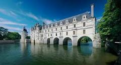 LOIRE VALLEY CASTLES FULL DAY TOUR FROM PARIS