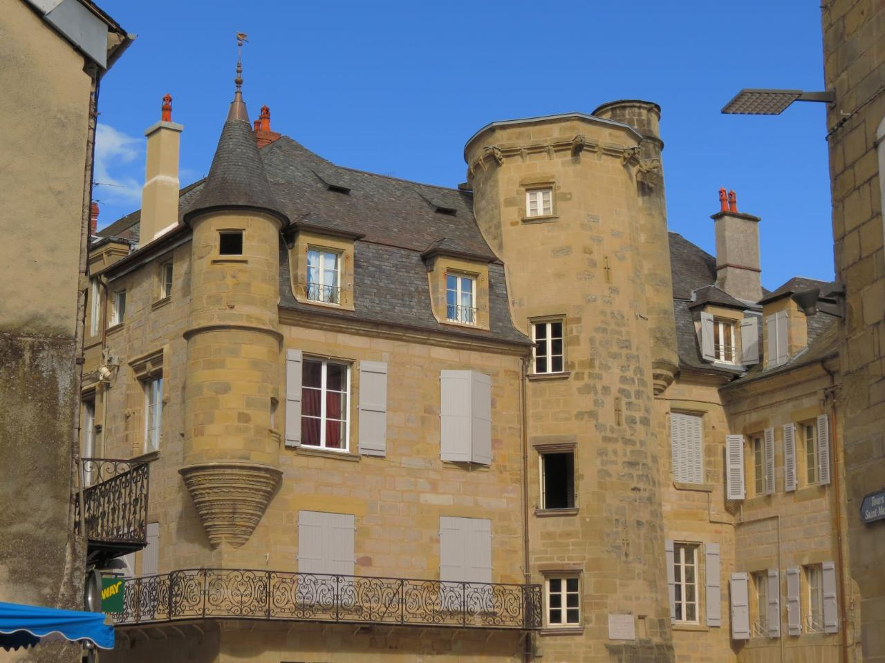 FROM SARLAT TO BRIVE TRANSFER