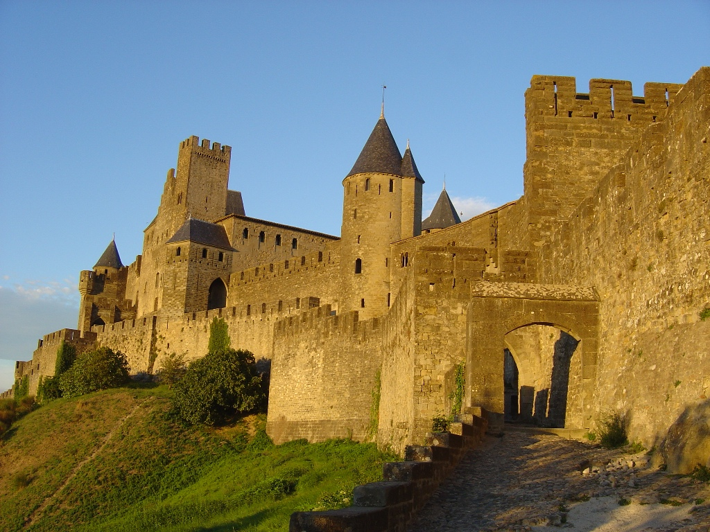 FROM SARLAT TO CARCASSONNE TRANSFER