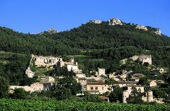 HILLTOP VILLAGES IN LUBERON HALF DAY FROM AIX EN PROVENCE