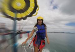 Single Parasail Flight 1200 Feet