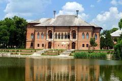 Mogosoaia Palace & Snagov Monastery Tour - 5 hours