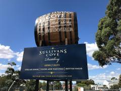 Tasmanian Whisky & Wine Tour