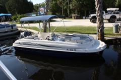 HALF DAY 19 ft. Deck Boat 115 hp 6 passenger
