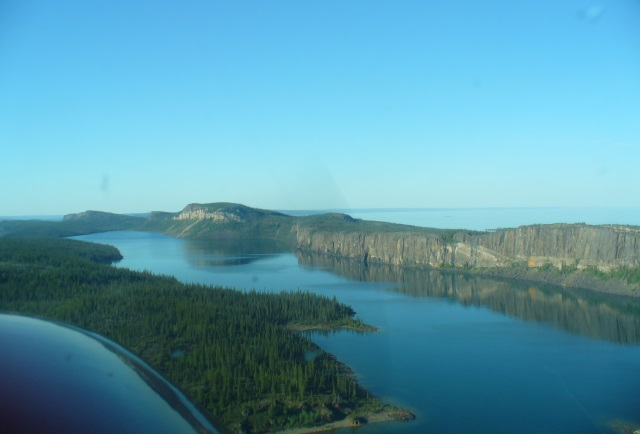 DHC-2 Floatplane – Ultimate Day Trip! - Fish Great Slave Lake