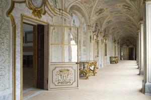 Passepartour: tour esclusivo tra i palazzi più belli di SPOLETO per piccoli gruppi