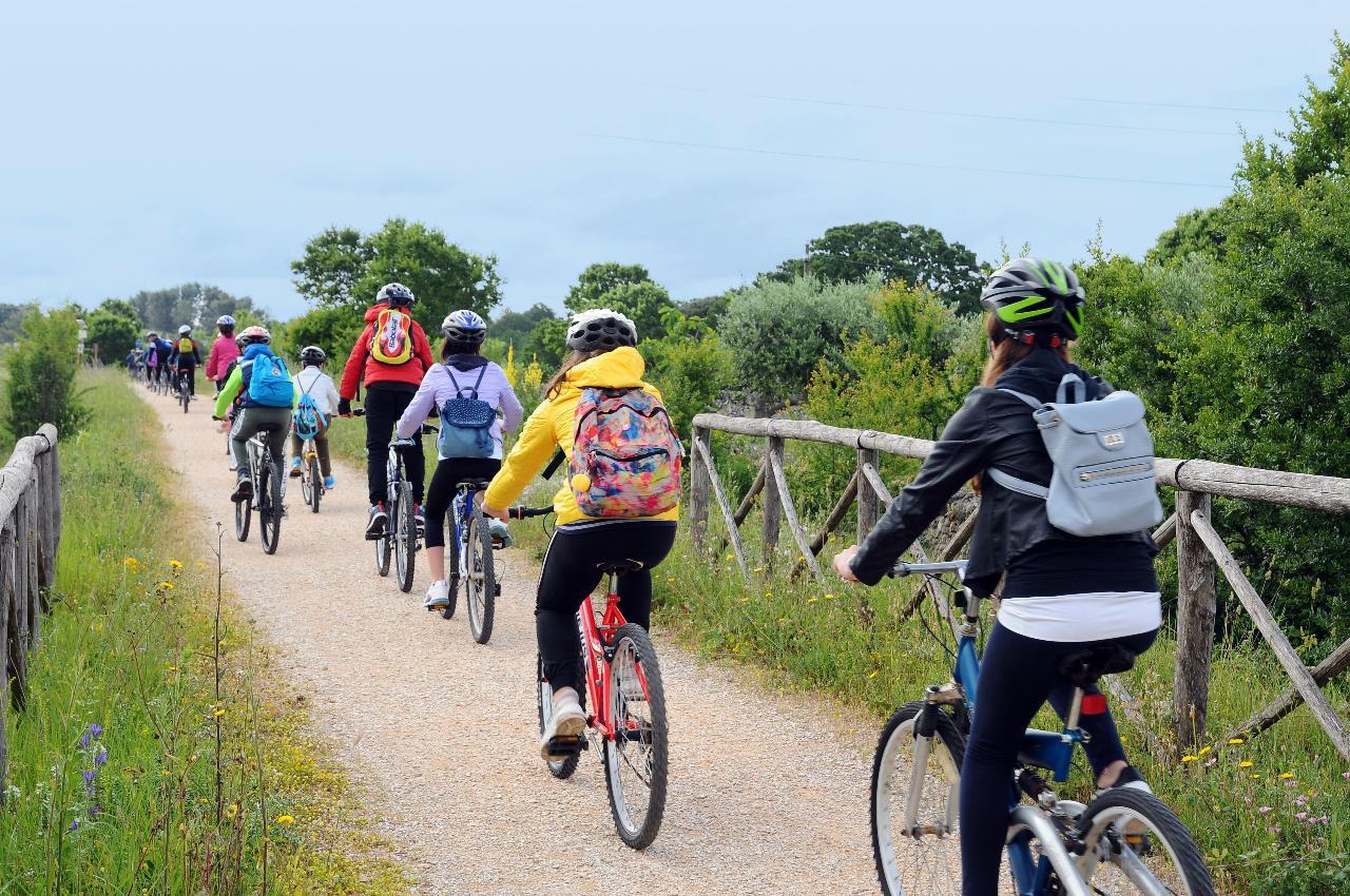 Tour in bicicletta lungo la Ciclovia dell'Acquedotto pugliese