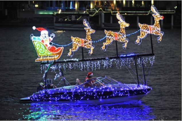 Mooloolaba Christmas Boat Parade - Hela-Va Jet