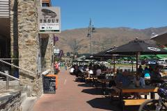 Arrowtown and Wanaka Half Day Tour, Remarkable Scenic Tours Private