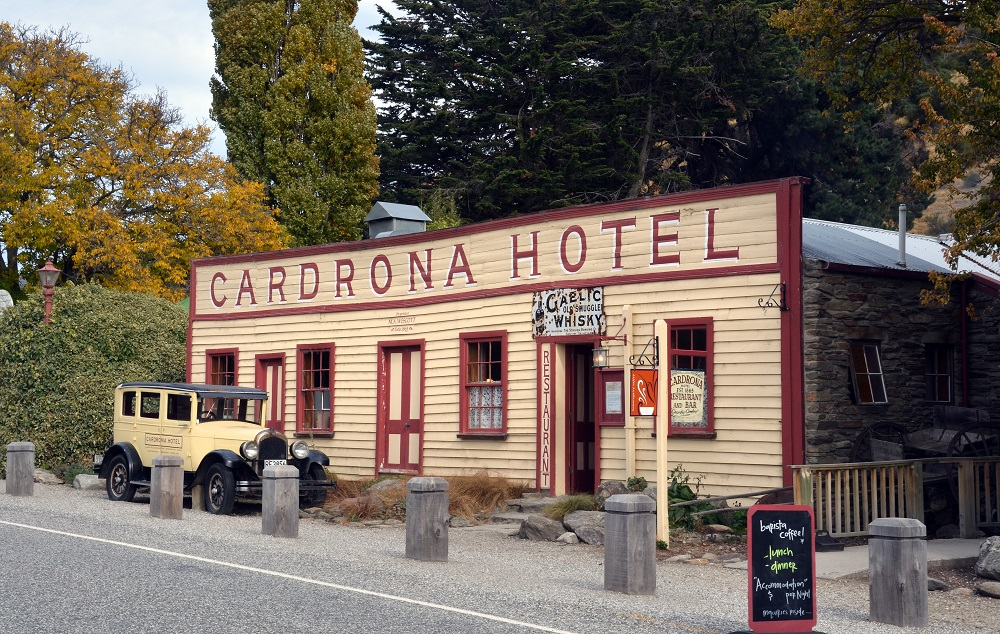 The Cardrona Hotel and More: 4.5 hours