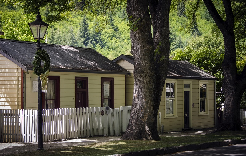 Arrowtown Tour