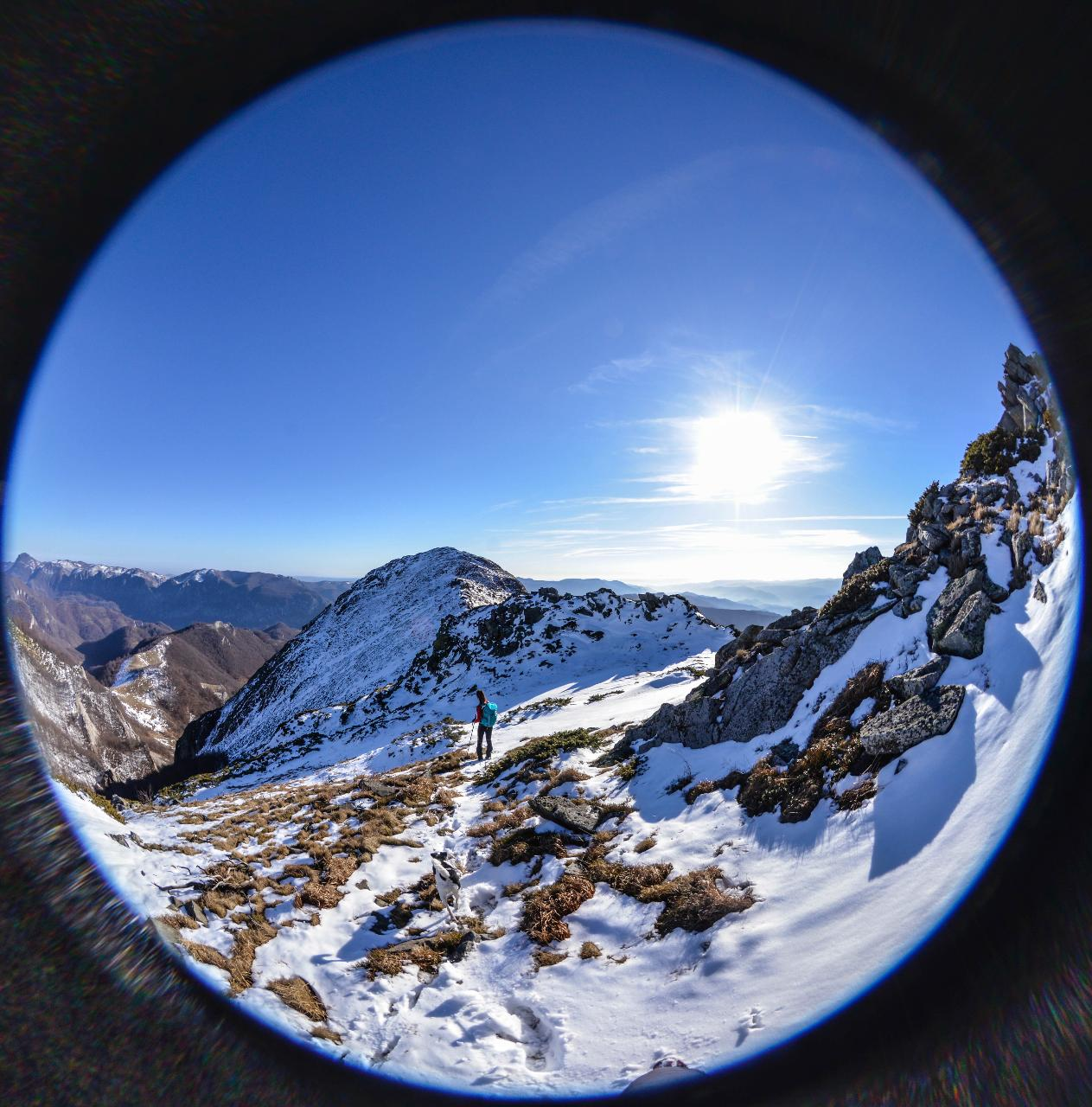 Drumeție montană pe vârful Arjana