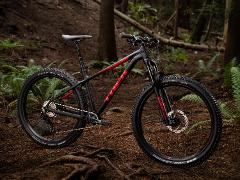 "AVAILABLE APRIL 2019 - Trek Roscoe 7 (18.5"")"