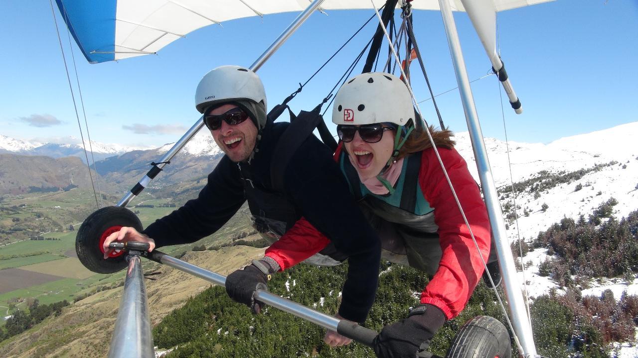 Winter Hang gliding Instructional