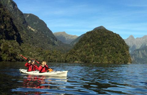 Doubtful Sound – full day guided kayak tour
