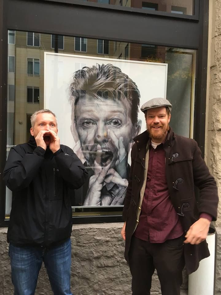 David Bowie and the End of the World: 3 hour Private walk in Berlin with a Historian Guide