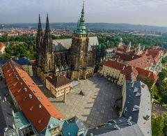 Prague Castle and Royal District: 3-Hour Private Tour