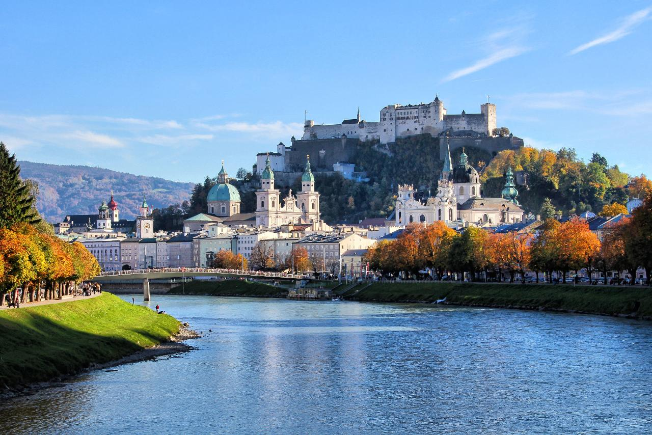 Salzburg's 2.5-Hour Introductory Walking Tour With a Friendly Historian