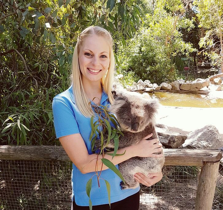 Cuddle a Koala and Historic Hahndorf