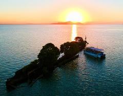 Sunset & Shipwreck Tour (BYO)
