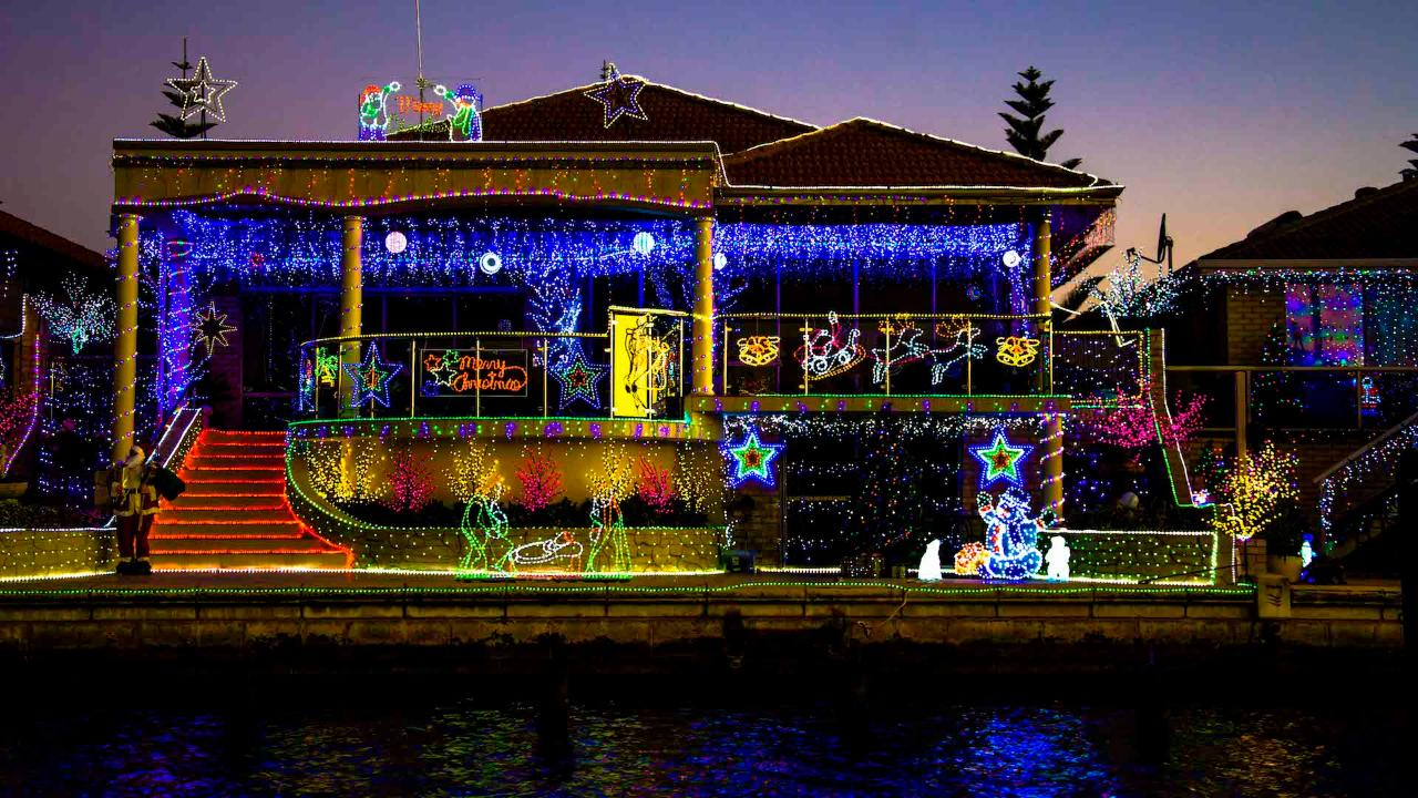 MAGICAL CHRISTMAS LIGHTS CRUISE - Tickets for Boat 1