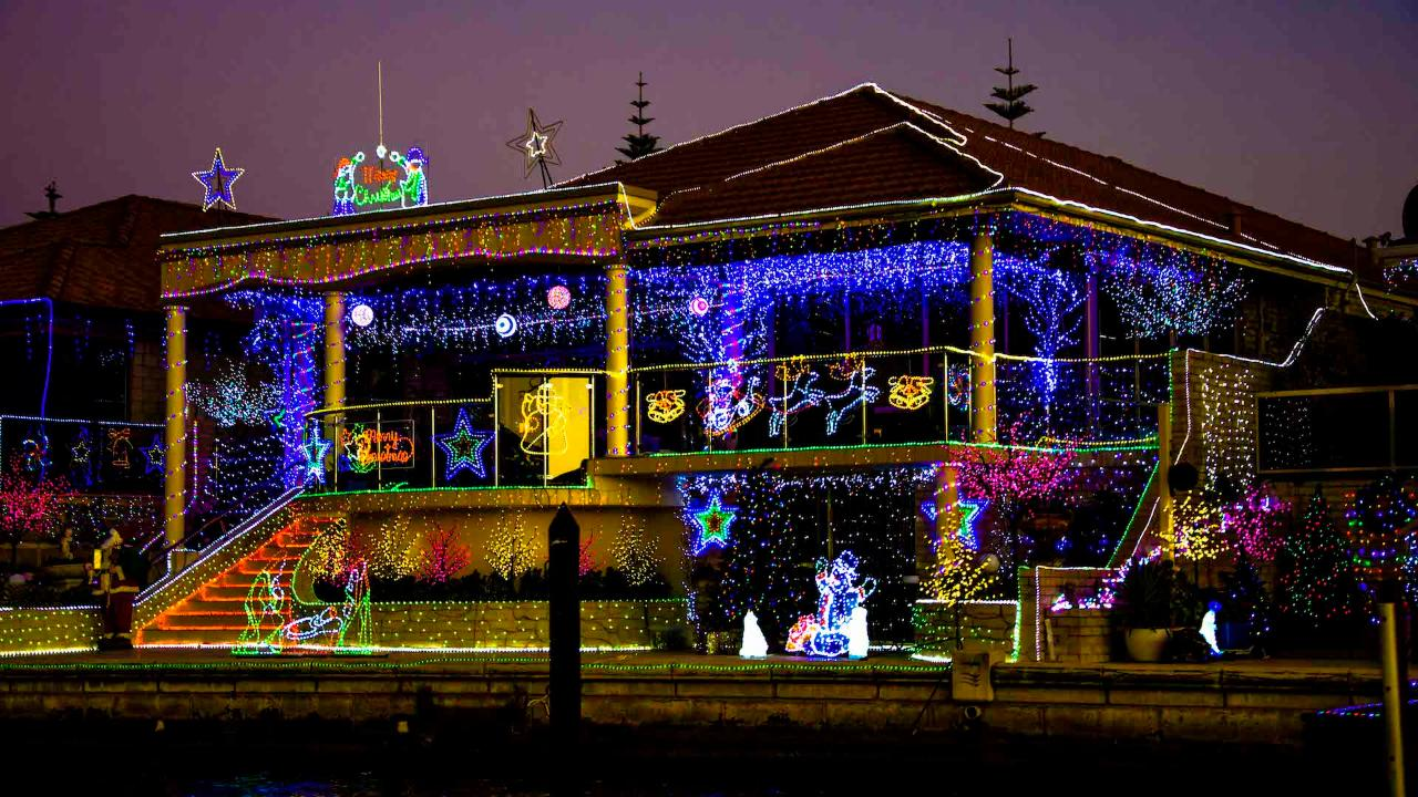 MAGICAL CHRISTMAS LIGHTS CRUISE - Tickets for Boat 2