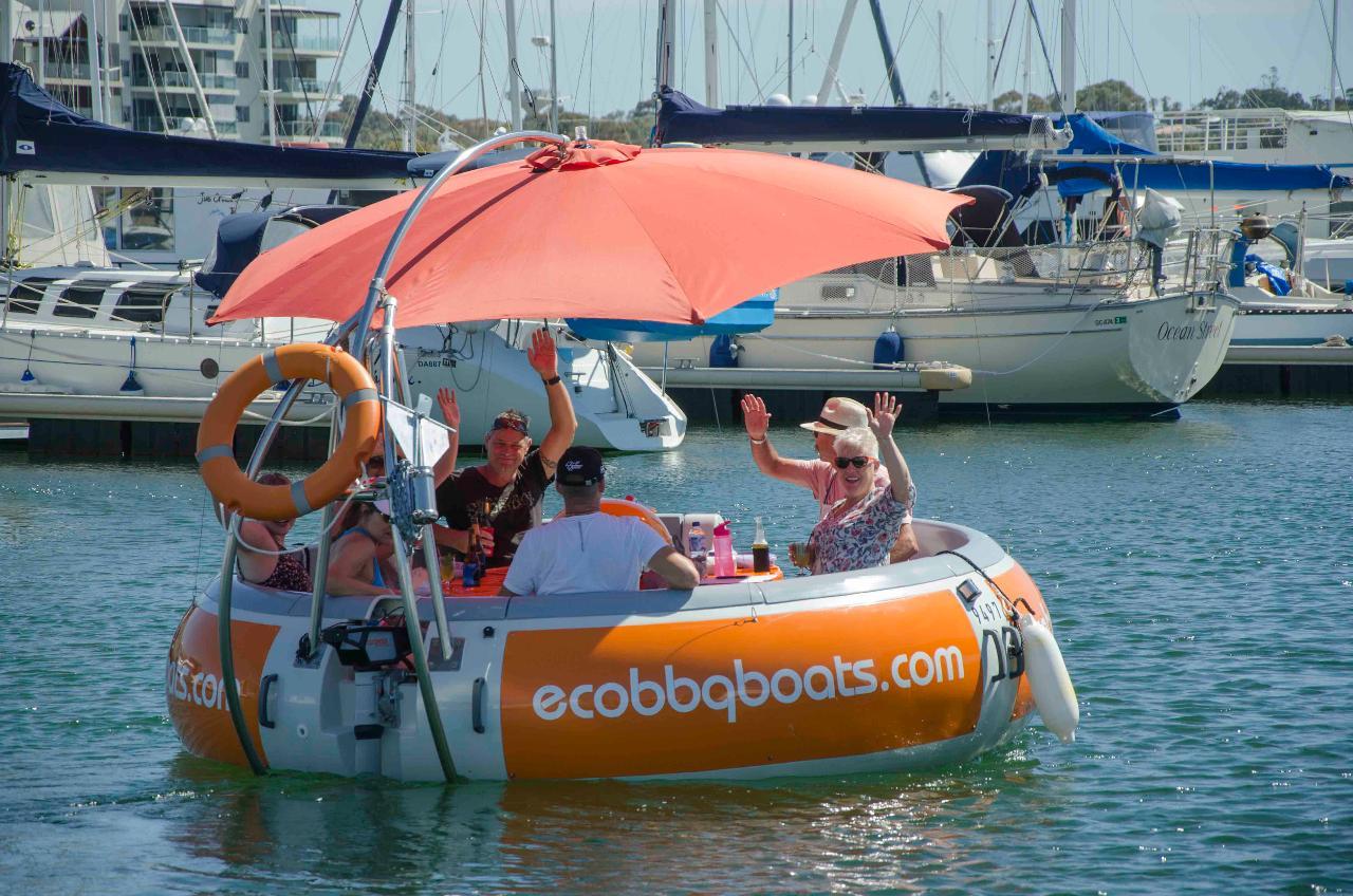 Self-Drive BBQ Boat Hire Mandurah - 10 seater Boat